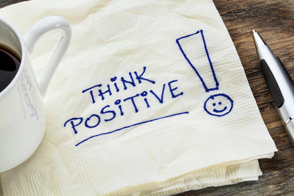 Как научиться мыслить позитивно