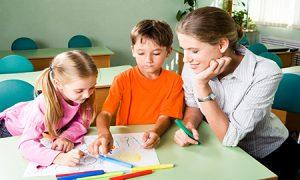 как помогает психолог ребенку