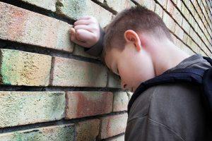 Почему подростки грубят родителям
